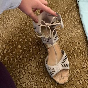 Dolce Vita Suede Nude/ Taupe Wedges!